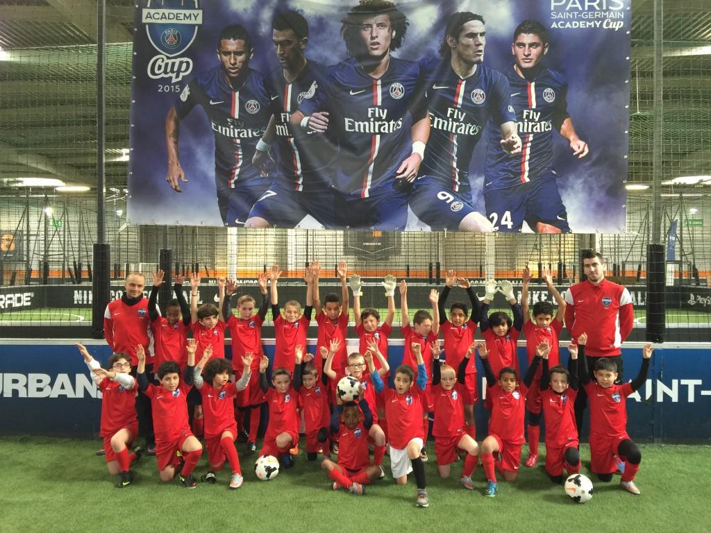 Indoor Outdoor House Ecole De Foot Paris Saint Germain Academy Urbansoccer